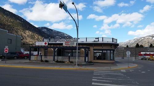 Royal LePage Locations West- Keremeos