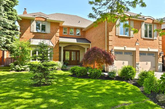 Beautiful home on the Ravine with backyard oasis!